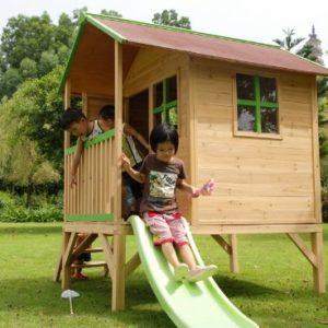 Kinderspielhaus-ERIK-Stelzenhaus-aus-Holz-mit-roter-Rutsche-0-0